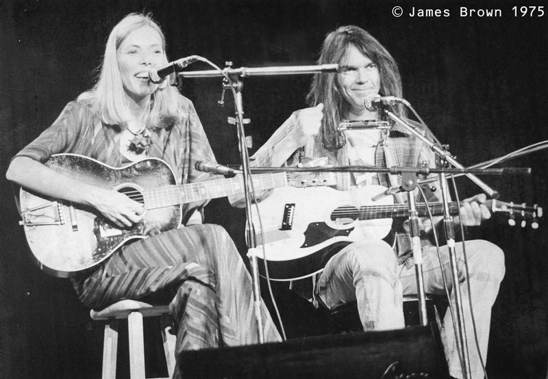 joni mitchell library neil young joni mitchell the stellas under the rusted moon august 4. Black Bedroom Furniture Sets. Home Design Ideas